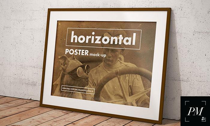 Free-Vintage-Posters-Frame-Mockup-PSD-2018-300